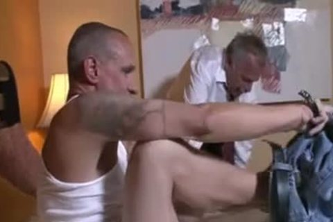 older Top Daddy fucks It Home