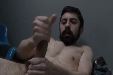 Amateurs Beard cumshot - BoyFriendTVcom